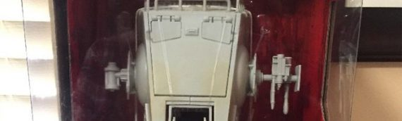 Hasbro : premières images de l'AT-ST The Black Series