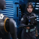 Hot Toys Jyn Erso Imperial Disguise