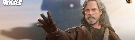 Hot Toys – The Last Jedi Luke Skywalker Sixth Scale Figure Deluxe