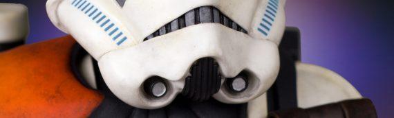 Gentle Giant : Sandtrooper Statue