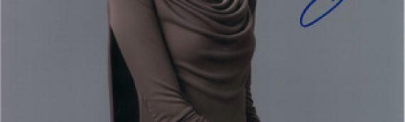 Star Wars Authentics – Laura Dern as Vice Admiral Holdo