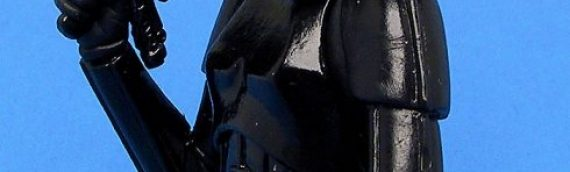 Bust-ups Stromtrooper Gentle Giant – Un Stormtrooper tout de noir vêtu…