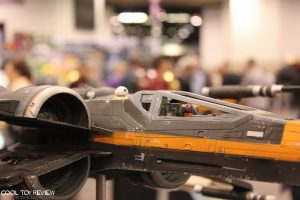 eFX Collectibles POe Dameron X-Wing Studio Scale Replcia