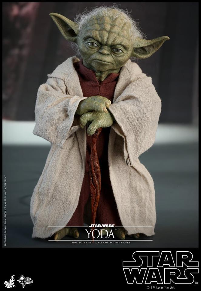 Hot Toys Yoda Sixth Scale Figure