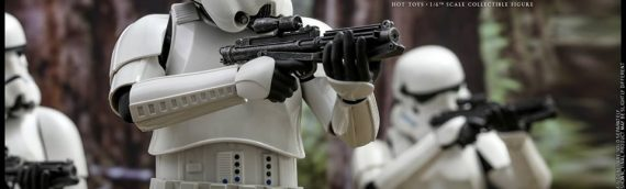 HOT TOYS – Stormtrooper Sixth Scale Figure Deluxe Version