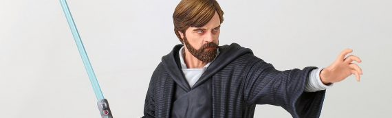 Gentle Giant – Luke Skywalker (Crait) Mini Buste
