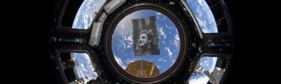 La station spatiale internationale rend hommage à Peter Mayhew