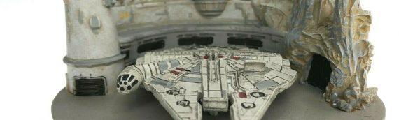 Disney Star Wars Galaxy Edge – Black Spire Outpost Diorama