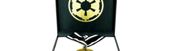 TOYNK : La médaille impériale vu dans The Mandalorian disponible à la vente