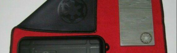 Movie Objet Reproduction : Un set de Beskar disponible à la vente