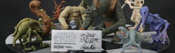 REGAL ROBOT – Holochess Prop Replica 2 Creatures sets & Signature Editions