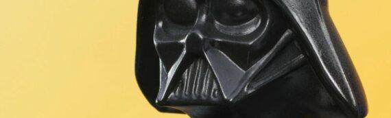Gentle Giant :  Star Wars: The Empire Strikes – Darth Vader Jumbo Action Figure